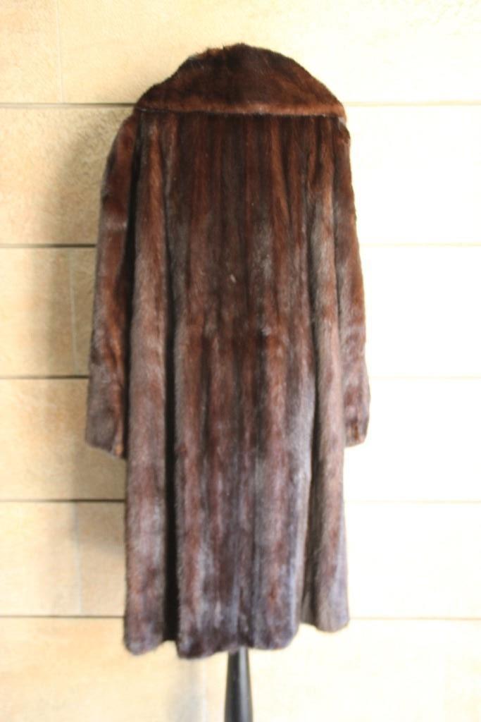 Maison chic manteau long en vison brun carvajal for Maison chic revue