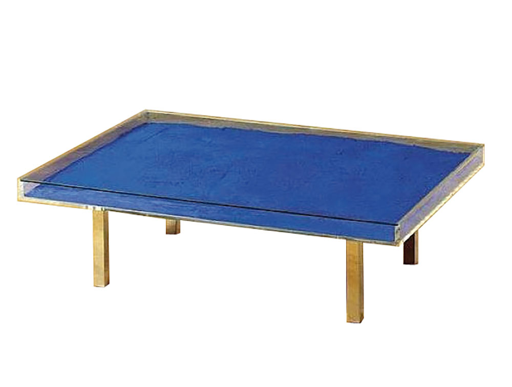 Yves Klein 1928 1962 Table Basse Monochrome Bleu Table En Verre